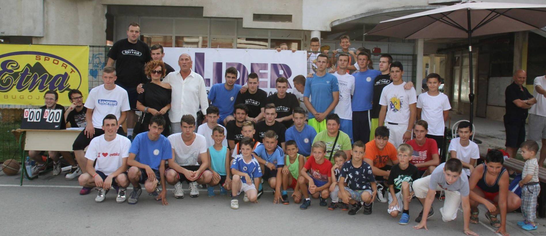 Otvoren je I. Memorijalni košarkarski turnir «Risto Duvnjak – Riki»